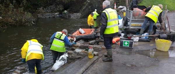Volunteers from Swansea Canal Society, an SCVS member organisation